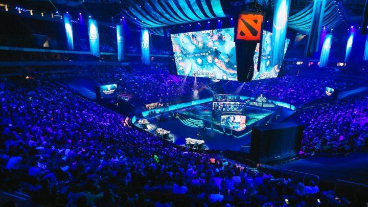 eSports: Macro vs. Micro